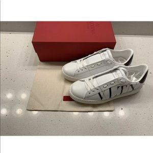 Valentino White Logo Printed Rockstud Sneakers
